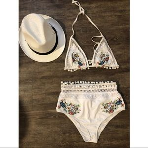Embroidery two pieces swim